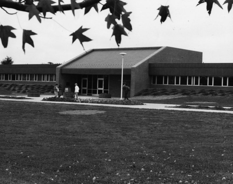 Science and Technology Building 1984